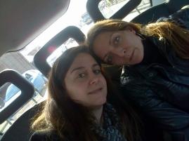 María y Cristina Amézola